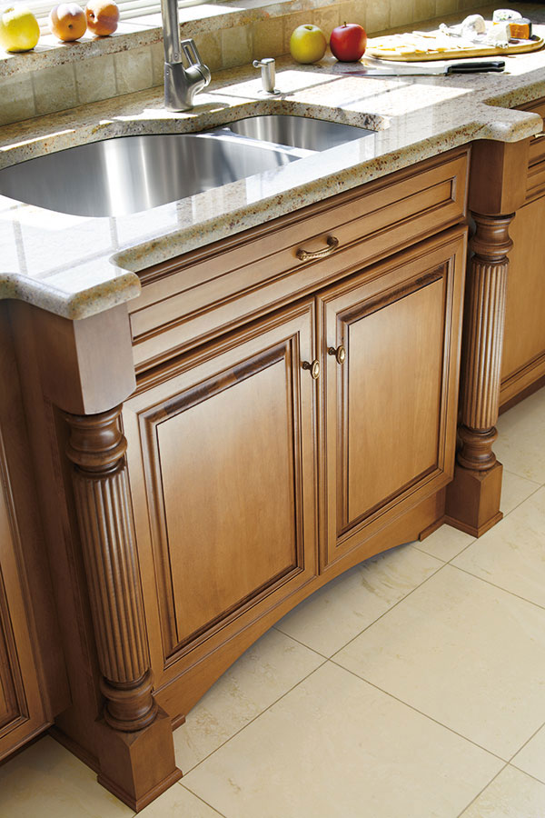 Reeded Cabinet Leg